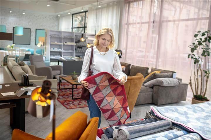 שבעה טיפים לבחירת שטיחים לסלון